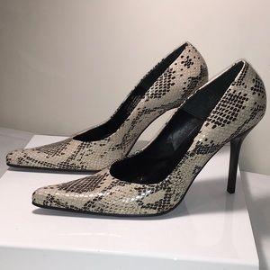 Steve Madden Tarrah Leather Snake Skin 9B